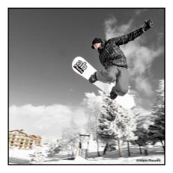 Snowboarder_09-1212_546